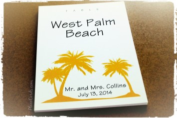 Golden yellow palm trees table cards.